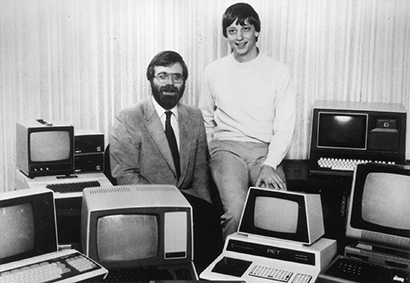 �ش�������: Paul Allen (����) ��� Bill Gates ���������͵�� Microsoft
